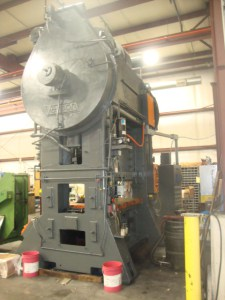 300 Ton Verson Straight Side Press For Sale