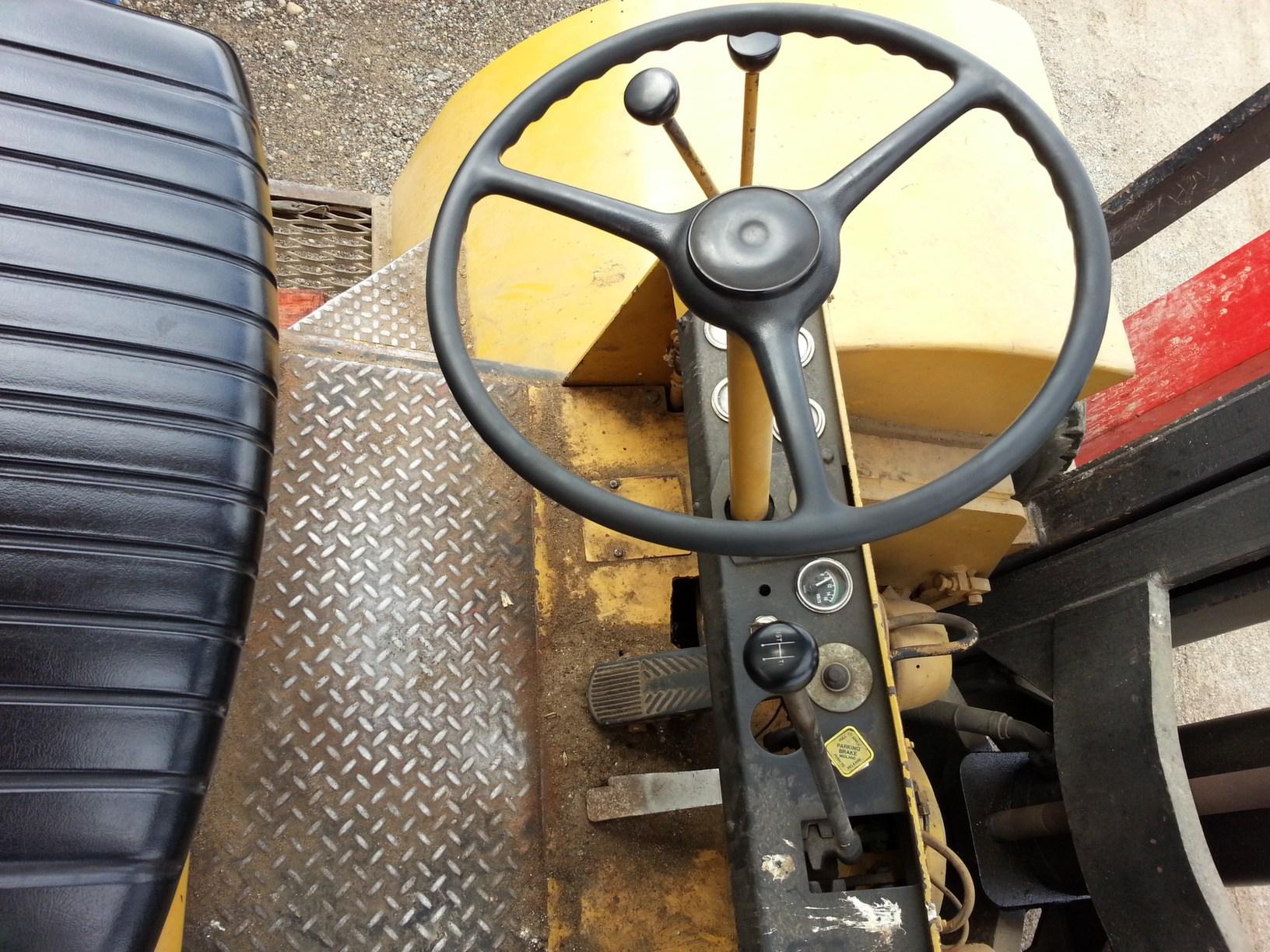 Hyster H460B Forklift - 46,000lb @ 48