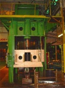 2500 Ton HPM Press pic 4