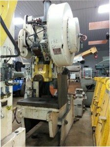90 Ton Niagara OBI Press For Sale
