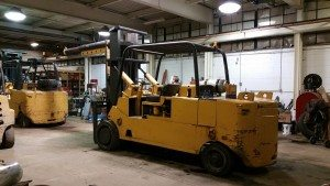 30,000lb. to 40,000lb. Capacity Cat Forklift For Sale
